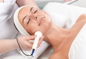 Ultrasound behandeling gezicht